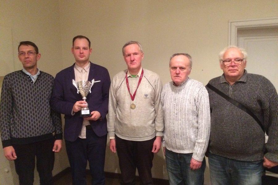 LV komandu čempionātā 64 lauciņu dambretē triumfē Prāta Laiks