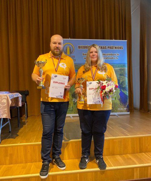 R.Misāns un M.M.Nerada Latvijas čempioni 64 lauciņu dambretē klasiskajā dambretē